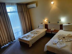 Легло или легла в стая в Хотел Силвър - Ол Инклузив и Безплатен Паркинг