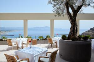 En restaurang eller annat matställe på Lindos Blu Luxury Hotel-Adults only