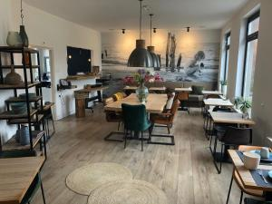 A restaurant or other place to eat at Hotel Neptunus