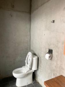 A bathroom at Rockwood Resort & Villa's