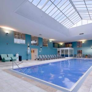 The swimming pool at or near Norton Park - QHotels