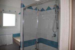 A bathroom at Hotel Baia Marina