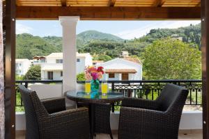 A balcony or terrace at Dandidis Seaside Pension