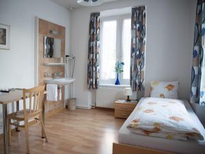 Кровать или кровати в номере Hotel Restaurant Raben