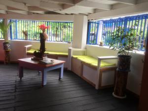 The lobby or reception area at The Hill B&B (El Morro Hosteria)