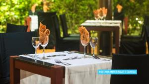 A restaurant or other place to eat at Vila Galé Resort Marés - All Inclusive