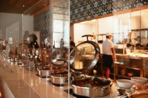 Un restaurant u otro lugar para comer en Emporio Cancun