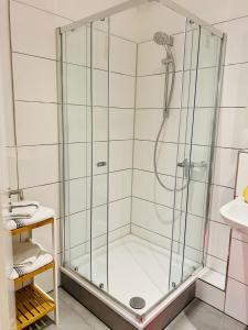 A bathroom at Köln City Apartments