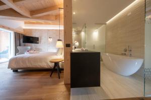 Bagno di Ciampedie Luxury Alpine Spa Hotel