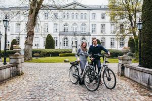 Cycling at or in the surroundings of Hotel Kasteel Bloemendal