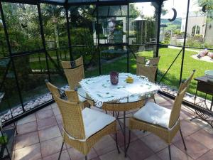 Ein Balkon oder eine Terrasse in der Unterkunft Holiday Home Haus Schwallenberg