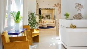 Lobbyn eller receptionsområdet på The Beverly Hills Hotel - Dorchester Collection
