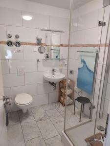 Ein Badezimmer in der Unterkunft Ferienwohnung Machedanz