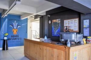 The lobby or reception area at Havaí Atlantico Hostel e Pousada