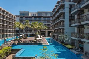 Der Swimmingpool an oder in der Nähe von Baan Laimai Beach Resort & Spa - SHA Plus