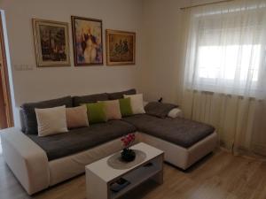 A seating area at Apartment Vergatum