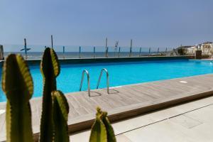 Piscine de l'établissement Hotel Cristina by Tigotan Las Palmas ou située à proximité