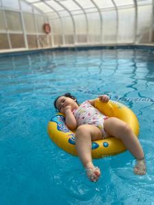A piscina em ou perto de Dii Beach House Piscina Interior Aquecida