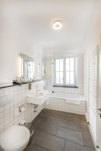 Een badkamer bij Altstadt Hotel & Café Koblenz
