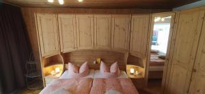 Ein Bett oder Betten in einem Zimmer der Unterkunft Pusteblume