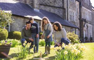A family staying at Blessingbourne Cottages & Apartments