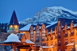 Holiday Inn Canmore, an IHG Hotel during the winter