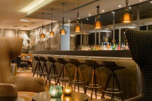 The lounge or bar area at Motel One Manchester-Royal Exchange
