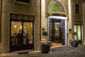 The facade or entrance of Due Torri Hotel