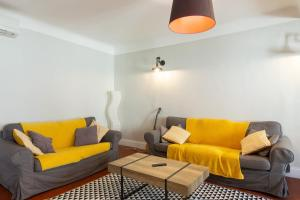A seating area at Backpackers