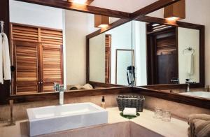 Un baño de Casa Altamar