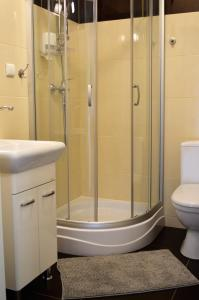 Ein Badezimmer in der Unterkunft Pałac Siemczyno