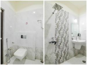 A bathroom at OYO 76301 The Balaji Residency