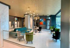 Zona de hol sau recepție la Hotel Aurora