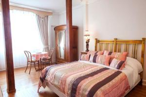 Cama o camas de una habitación en Hotel Casa SOMERSCALES