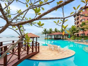 The swimming pool at or near Mercure Angra dos Reis