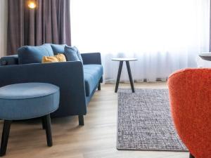 A seating area at ibis Styles Den Haag Scheveningen