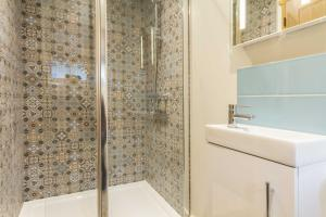 A bathroom at Breckland Cottage - Secluded Country Getaway