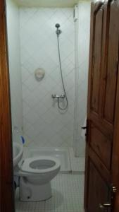A bathroom at Hotel Tijanii