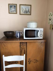 A kitchen or kitchenette at Overvoll Farm