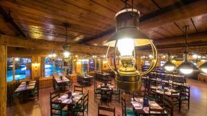 The lounge or bar area at Disney's Davy Crockett Ranch