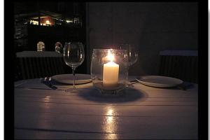 A restaurant or other place to eat at The Villa - Leamington Spa