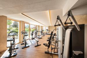 The fitness center and/or fitness facilities at Hotel Tirol Fiss