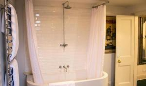 A bathroom at The Ickworth Hotel And Apartments- A Luxury Family Hotel