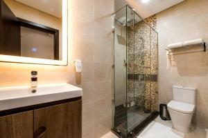 حمام في عابر المونسية