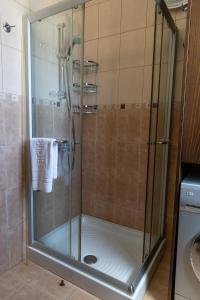 A bathroom at Dafni Villa Ekaterina 3 bdrm
