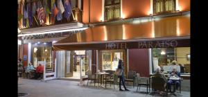 A restaurant or other place to eat at Gran Hotel Paraiso
