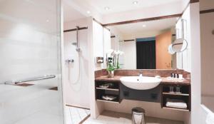 A bathroom at SCHLOSS Fleesensee