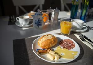 Frühstücksoptionen für Gäste der Unterkunft Landhotel Tanne
