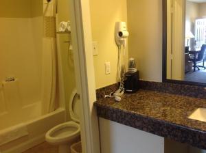 A bathroom at The Texas Lodge