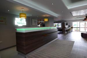 The lobby or reception area at Holiday Inn Wolverhampton - Racecourse, an IHG Hotel